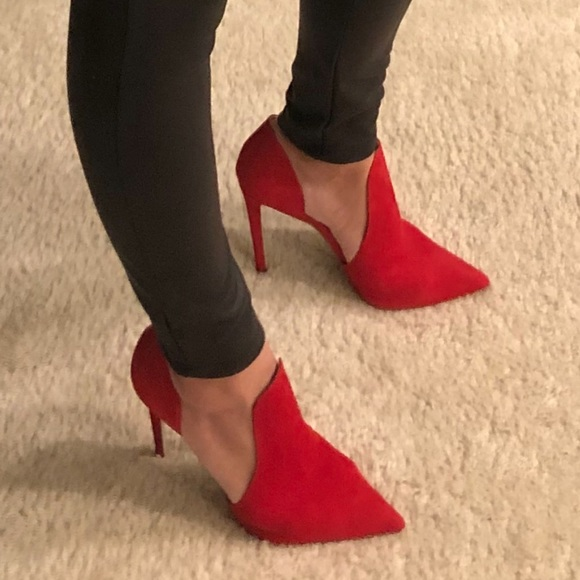 c4278a976e8 Steve Madden Dolly Pump red heels red stilettos
